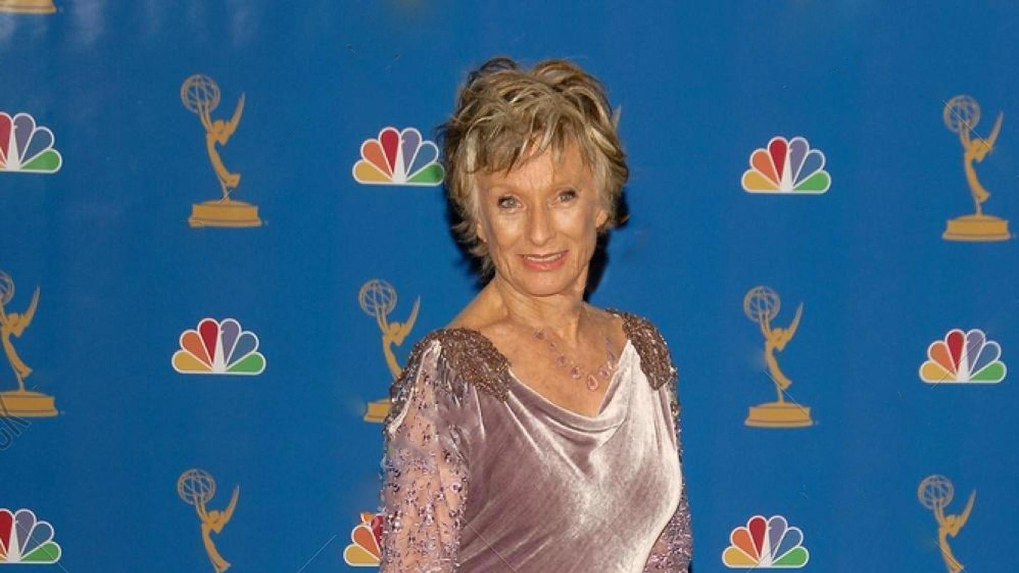 Emmy Awards 2006 : Cloris Leachman sauve l'honneur