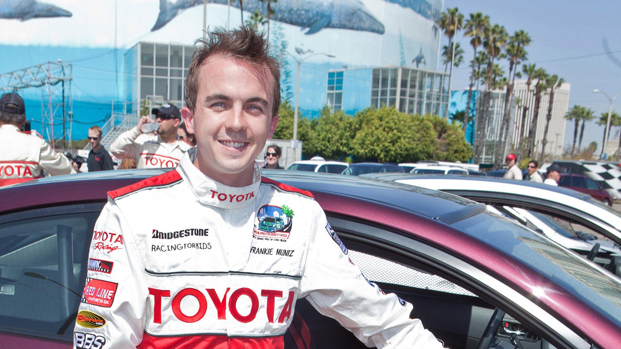 Frankie Muniz a été pilote automobile de 2006 à 2009.