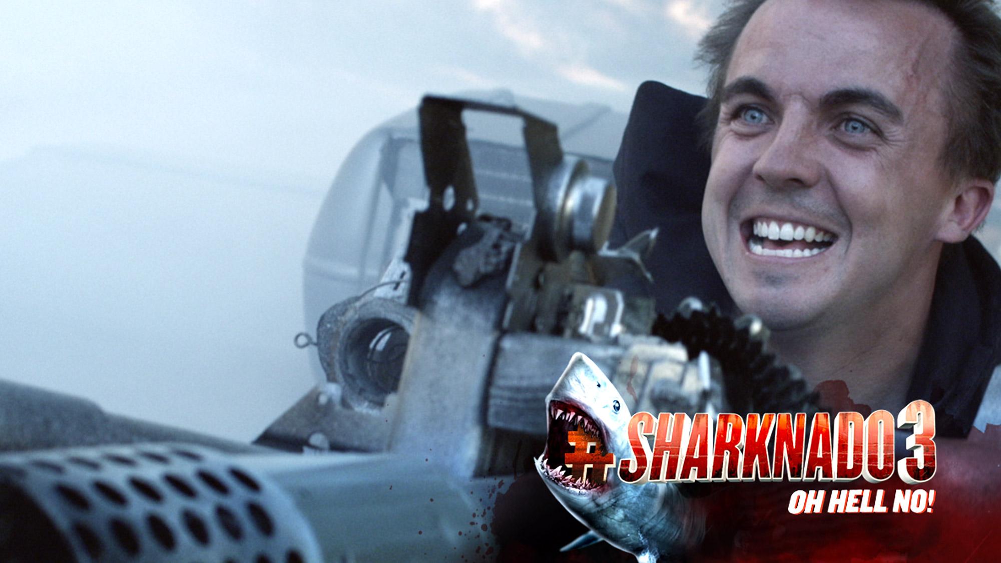Frankie Muniz se fait attaquer par des requins fous dans <em>Sharknado 3</em> !