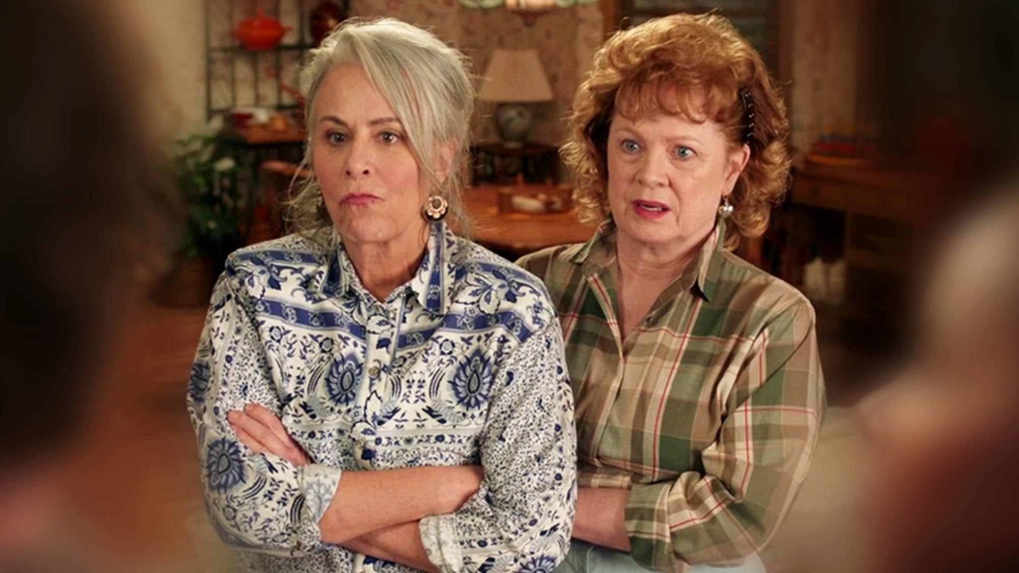 Jane Kaczmarek et Meagan Fay dans l'épisode 14 de la saison 1 de