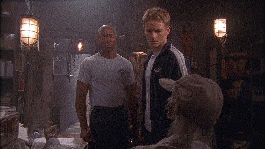 Karim Prince (Stanley) et Christopher Masterson (Francis) dans