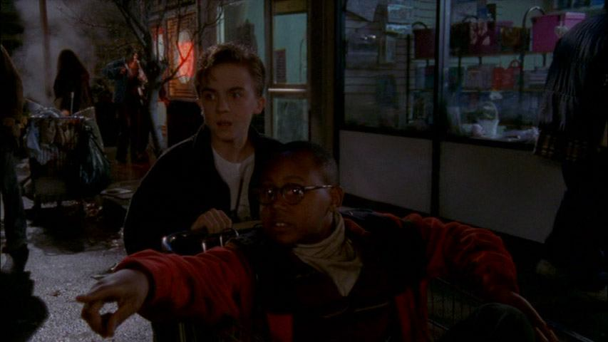 Frankie Muniz (Malcolm) et Craig Lamar Traylor (Stevie Kenarban) dans