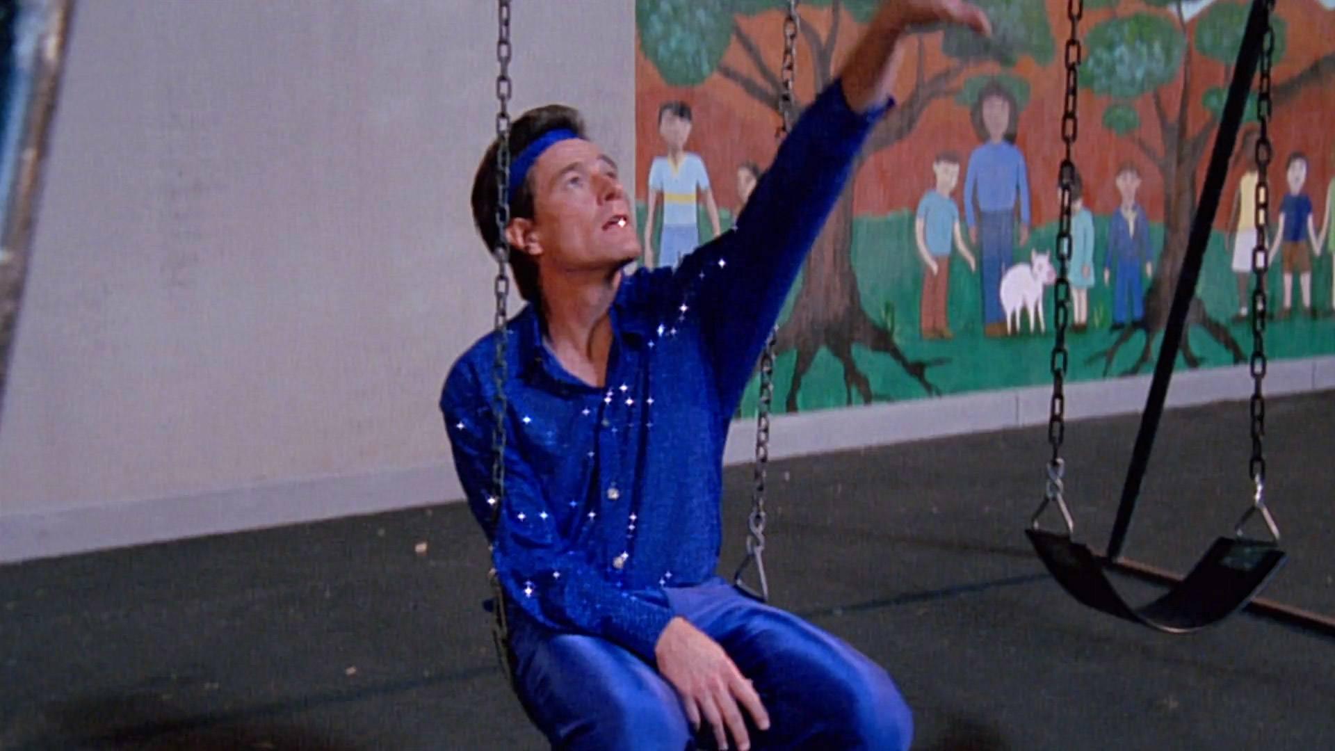 Bryan Cranston (Hal) dans