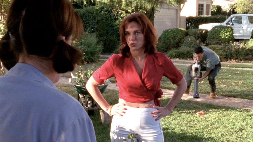 Jane Kaczmarek (Lois), Robin Riker (Tina) et Christopher DerGregorian (Hector) dans
