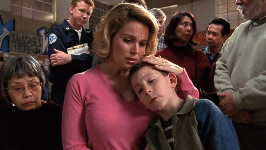 Shannon Whirry (femme) et Erik Per Sullivan (Dewey) dans