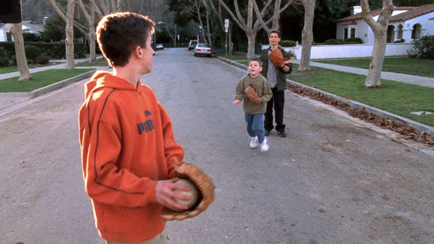 Frankie Muniz (Malcolm), Erik Per Sullivan (Dewey) et Justin Berfield (Reese), dans