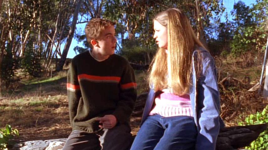 Frankie Muniz (Malcolm) et Lauren Storm (Laurie) dans