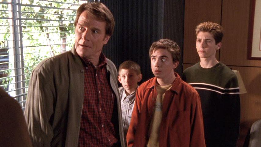 Bryan Cranston (Hal), Erik Per Sullivan (Dewey), Frankie Muniz (Malcolm) et Justin Berfield (Reese) et  dans