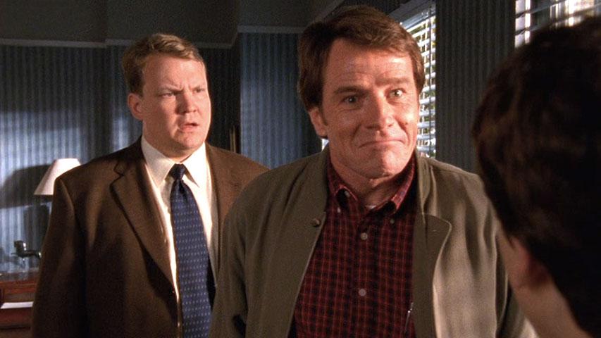 Andy Richter (Dr. Kennedy)  et Bryan Cranston (Hal) dans