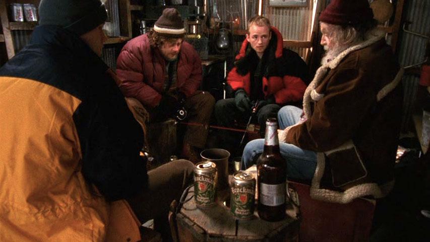 Eric Nenninger (Eric Hansen), John Ennis (Artie), Christopher Masterson (Francis) et Sandy Ward (Pete) dans