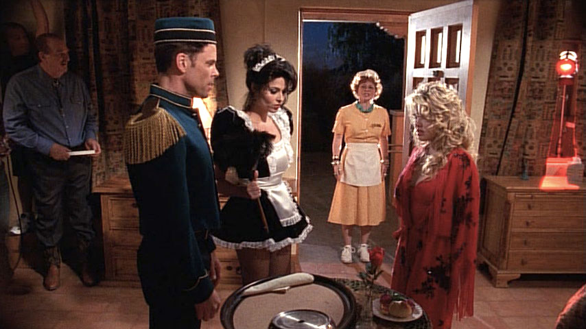 Kenneth Mars(Otto Mannkusser), Ivan Baccarat (groom), Elisa Leonetti (femme de ménage), Meagen Fay (Gretchen Mannkusser) et Angela Little (Debbie) dans