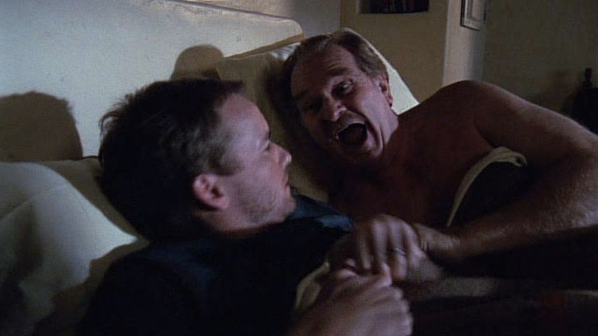 Christopher Masterson (Francis) et Kenneth Mars (Otto Mannkusser) dans