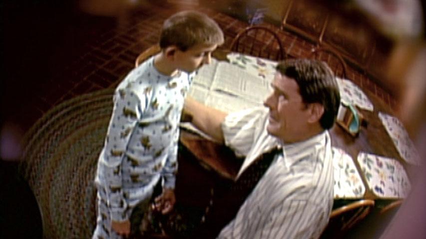 Erik Per Sullivan (Dewey) et Bryan Cranston (Hal) dans