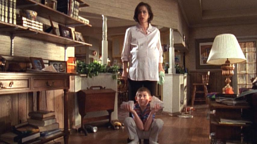 Jane Kaczmarek (Lois) et Erik Per Sullivan (Dewey) dans