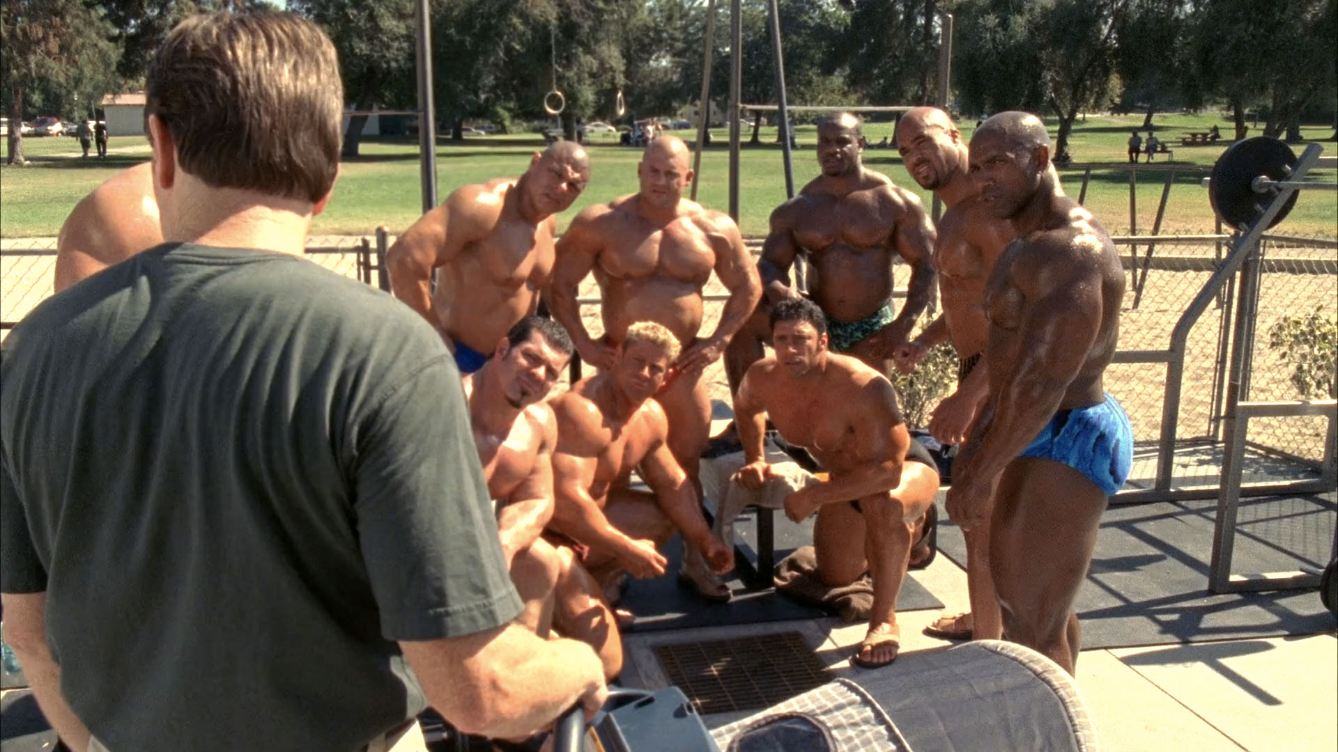 Bryan Cranston (Hal), Bob Cicherillo (Walt), Aaron Brumfield (bodybuilder #1),   Rich Piana (bodybuilder #2), Mariano 'Big Dawg' Mendoza (bodybuilder #2 (non crédité)) et Christian Boeving (non crédité) dans