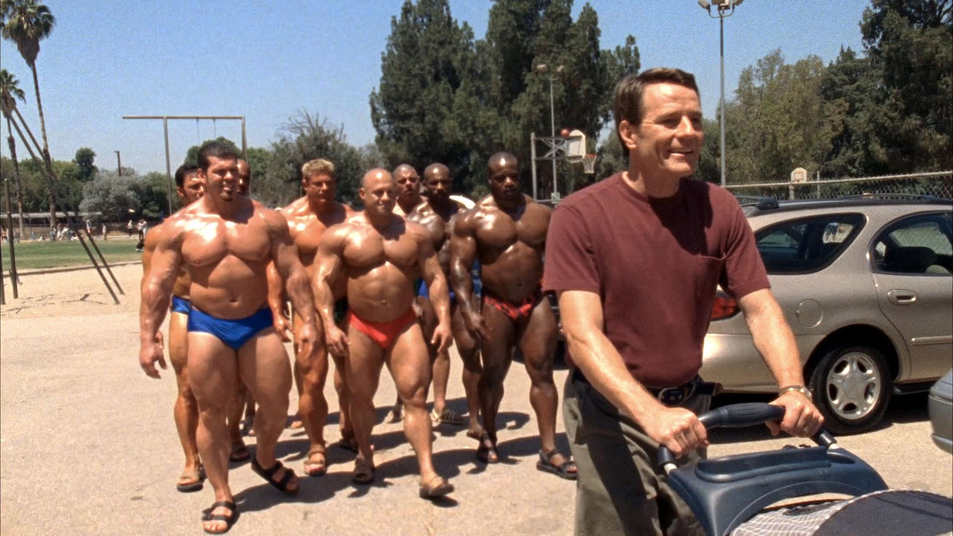 Bob Cicherillo (Walt), Aaron Brumfield (bodybuilder #1),  Rich Piana (bodybuilder #2), Mariano 'Big Dawg' Mendoza (bodybuilder #2 (non crédité)), Christian Boeving (non crédité) et Bryan Cranston (Hal) dans