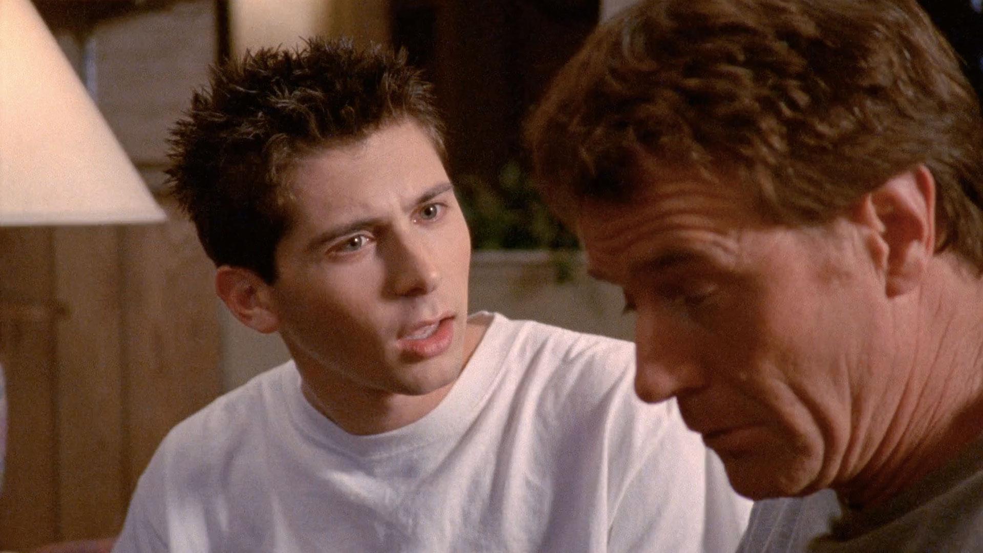 Justin Berfield (Reese) et Bryan Cranston (Hal) dans