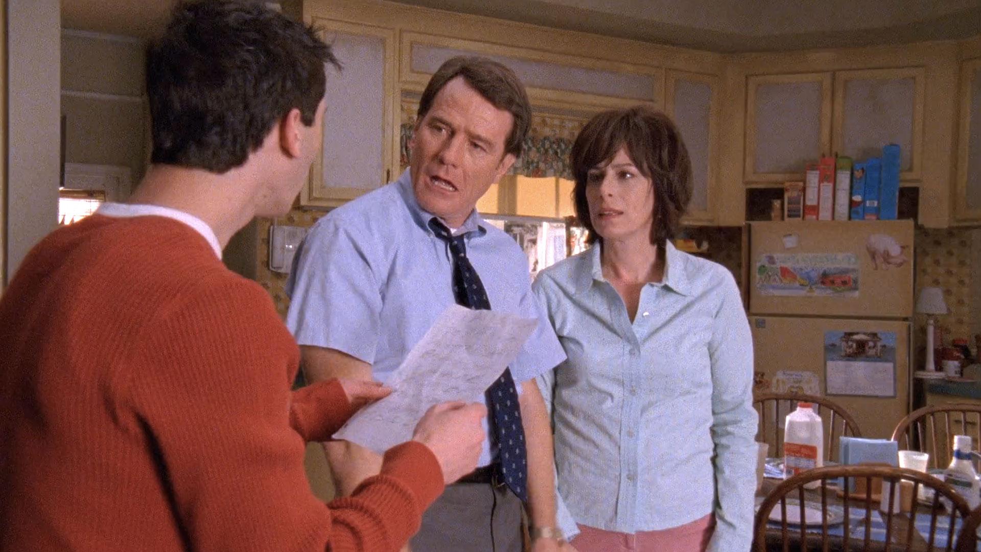 Justin Berfield (Reese), Bryan Cranston (Hal) et Jane Kaczmarek (Lois) dans