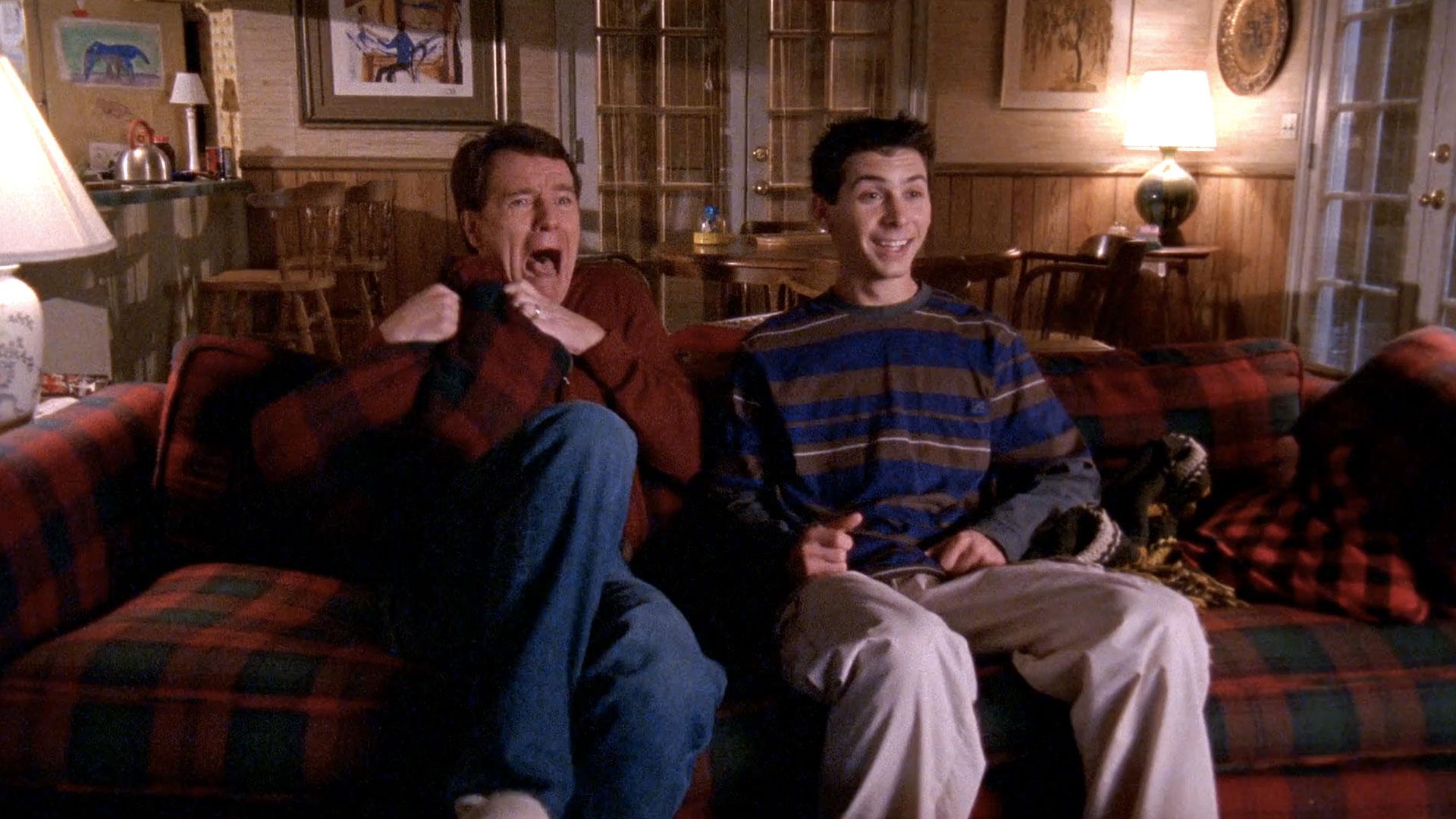 Bryan Cranston (Hal) et Justin Berfield (Reese) dans