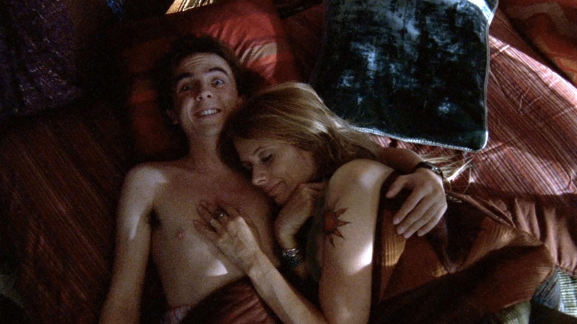 Frankie Muniz (Malcolm) et Rosanna Arquette (Anita) dans