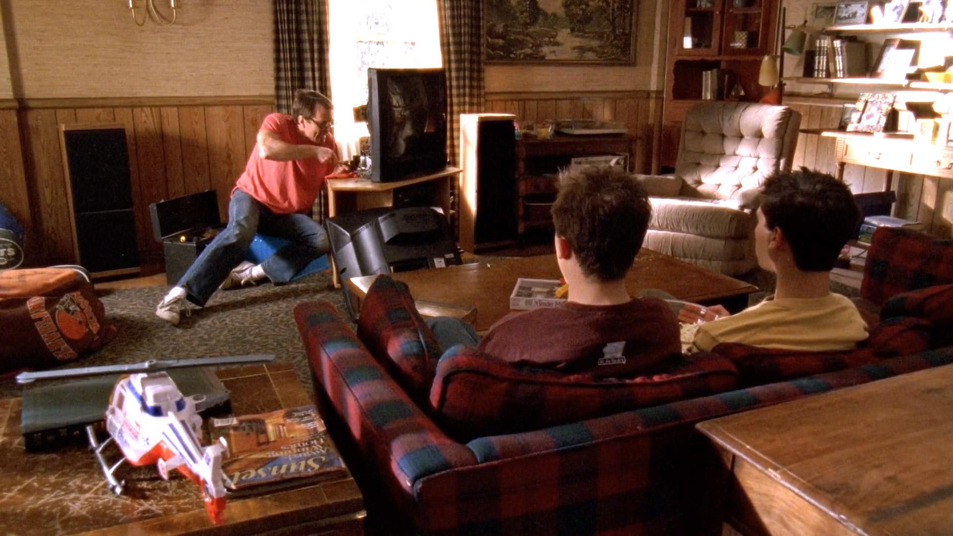 Bryan Cranston (Hal), Frankie Muniz (Malcolm) et Justin Berfield (Reese) dans