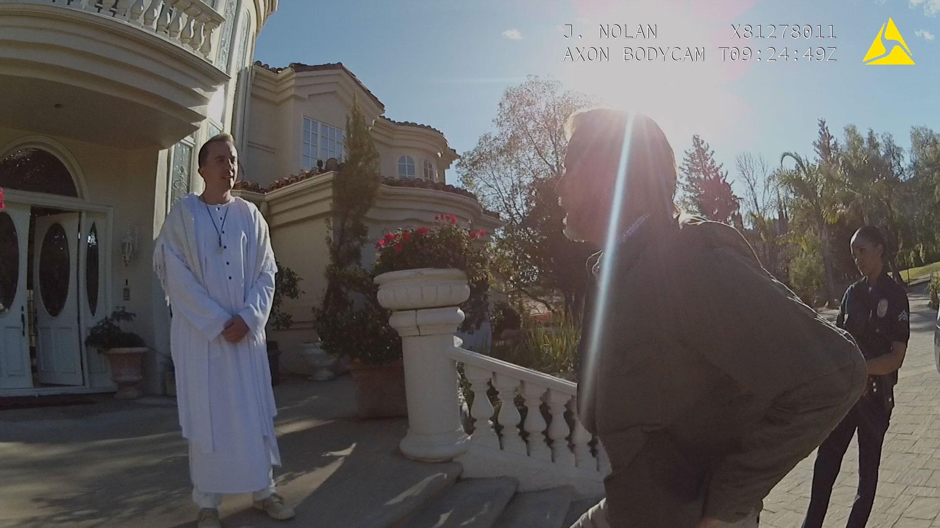 Frankie Muniz (Corey Harris) et Doug Savant (père d'Aurora) dans