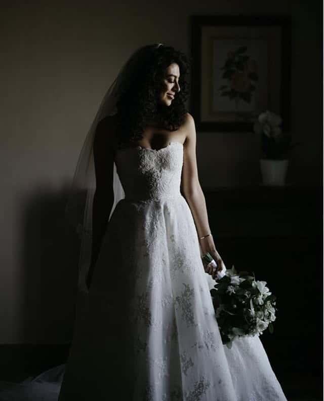 Yolanda Pecoraro lors de son mariage avec Christopher Masterson en juin 2019.